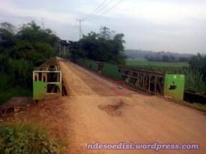 penampakan jembatan Ciherang sebelum mengalami kerusakan