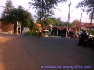 kiri Subang, kanan Purwakarta