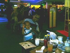 Mang Pey dan putranya