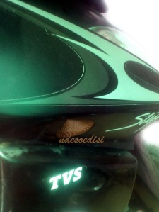 ada stiker TVS