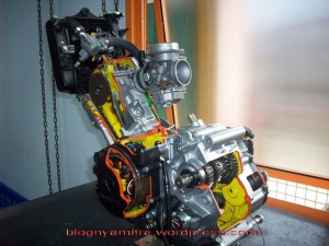 gambar mesin CS-1 (dari blog pakdhe Mitra