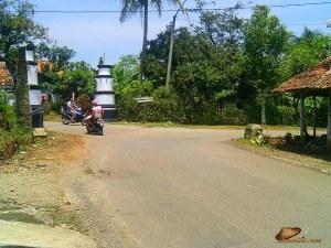 kiri Wanayasa, kanan Purwakarta