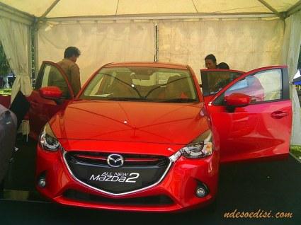 mau tes Mazda 2