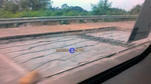 Perbaikan Tol Pejagan, terlihat badan jalan digali untuk memperbaiki coran