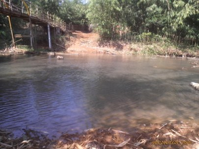 bekas jalur penyeberangan Sungai Cijengkol
