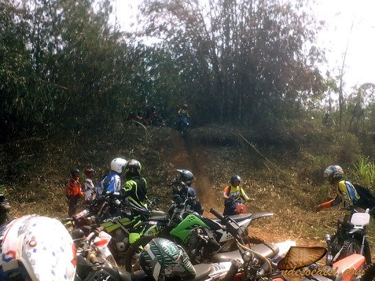 Nabeuh-Bareng-Trail-Adventure-Cipeundeuy (31)
