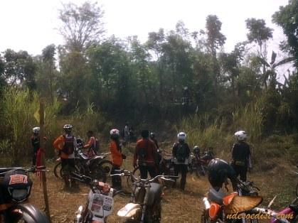 Nabeuh-Bareng-Trail-Adventure-Cipeundeuy (33)