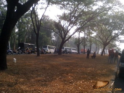 Demo-buruh-Purwakarta-28-oktober-2015 (7)