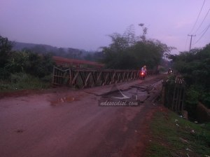 jembatan depan perum Bukit Residen