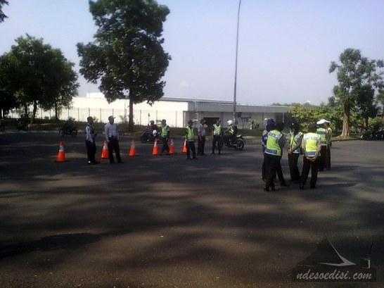 mogok massal Kota Bukit Indah
