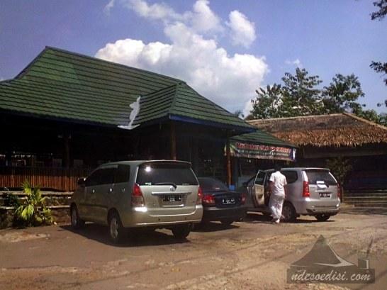 Ayam-Goreng-Mang-Yeye-Kalijati (9)
