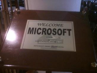 Presentasi-Microsoft-di-Plaza-Hotel-KBI (2)