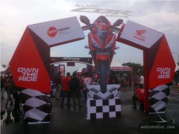 Launching-All-New-CBR150R-Karawang-2016 (1)