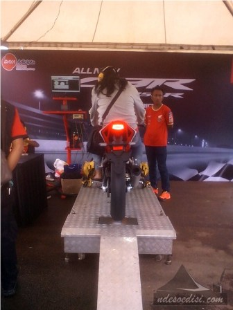 Launching-All-New-CBR150R-Karawang-2016 (9)