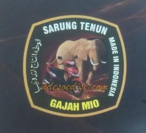 sarung Gajah Mio
