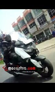 spyshoot yamaha B74 Xmax 250