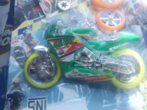 mainan anak berlabel CBR
