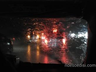 hujan lebat di tol Cipali