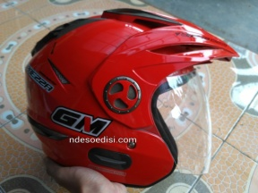 helm GM Imprezza