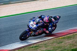 Tagline Semakin di Depan disematkan pada tim Pata Yamaha Official WorldSBK (3)