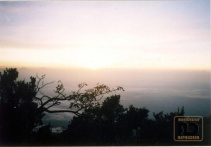 matahari terbit dipuncak Slamet
